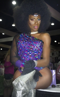 Nina Bonina Brown at Drag Con 2017